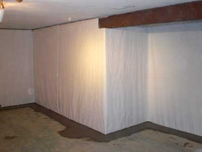 Vapor barrier protecting walls